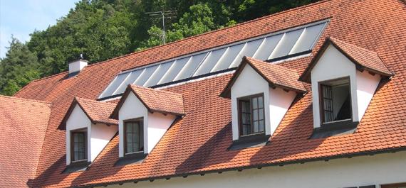 Indach Solarthermie-Anlage