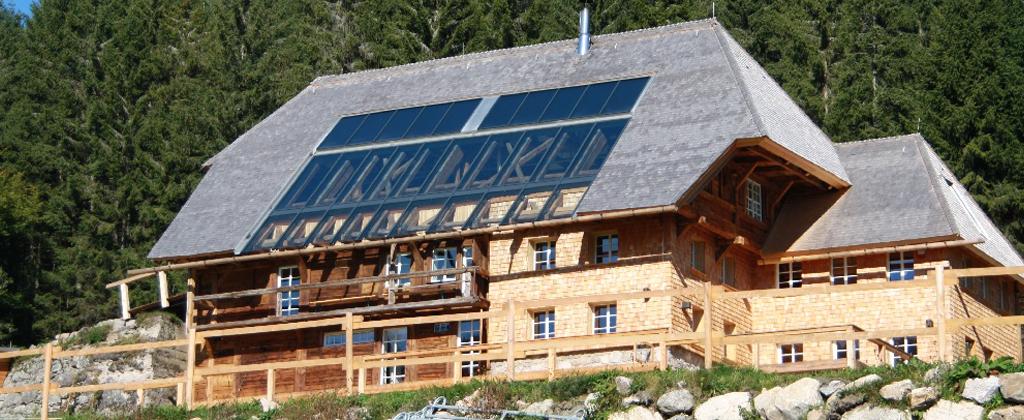 Indach Solarthermie-Anlage1
