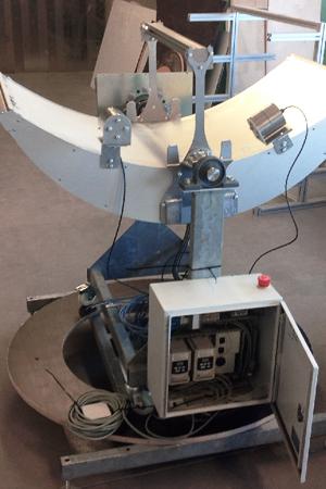 Projekt Solarlicht Testaufbau Parabolrinne mit Lichtleiter