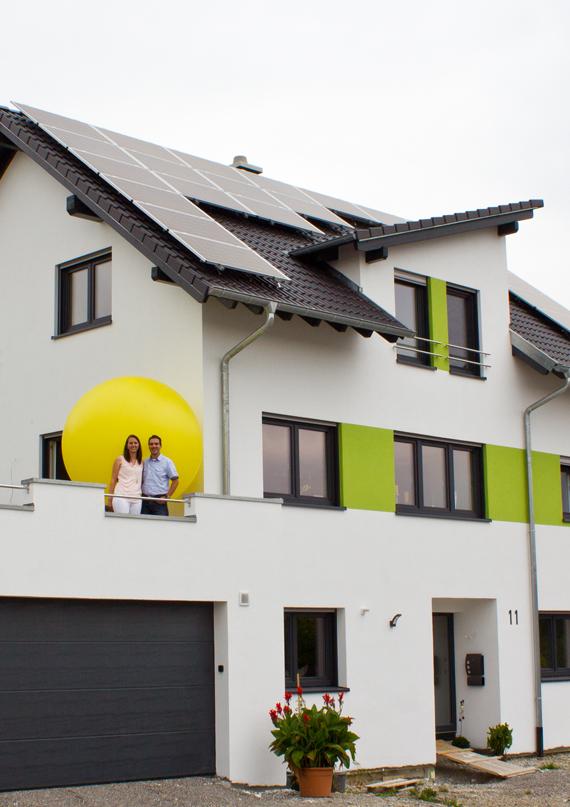 Ehepaar Volk Geislingen Photovoltaikanlage und Wärmepumpe groß